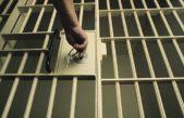 Trutnovský zloděj převezl policisty