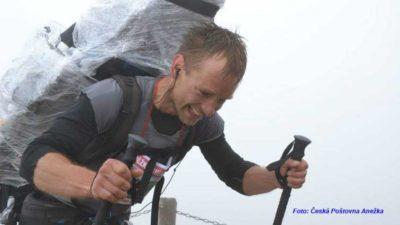 V sobotu začíná závod nosičů Sněžka Sherpa cup