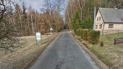 Řítil se více než 200 km/h z Jaroměře na Kohoutov. Ani střelba ho nezastavila