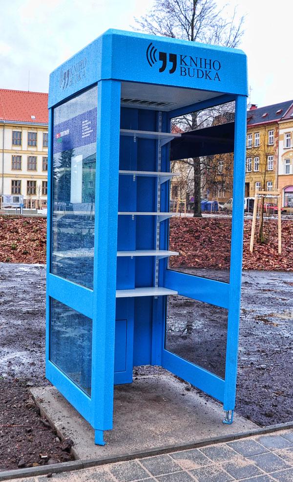 knihobudka Trutnov Jiráskovo náměstí