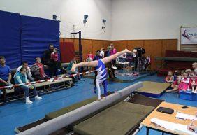 Vánoční gymnastický dvojboj ZŠ Komenského Trutnov
