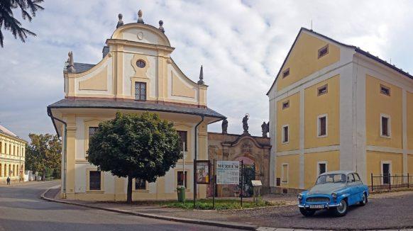 Muzeum v Trutnově je po rozsáhlé rekonstrukci. Ve Dvoře Králové je rozruch okolo revitalizace parteru