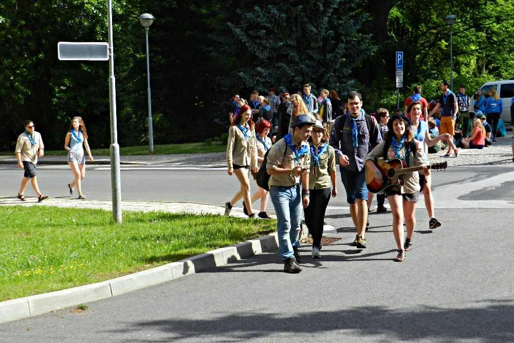 Trutnovak_Skauti na faře v klubu 8.6 (24)2017-07-020