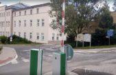 Nemocnice přijde dočasně o 22 parkovacích míst