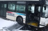 "Ski bus visel nad ""propastí"""
