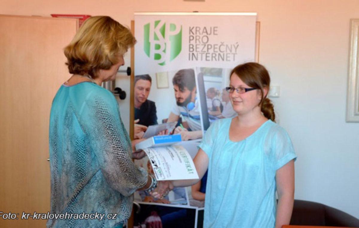 Hana Rusová z trutnovského gymnázia si vyzvedla hlavní cenu