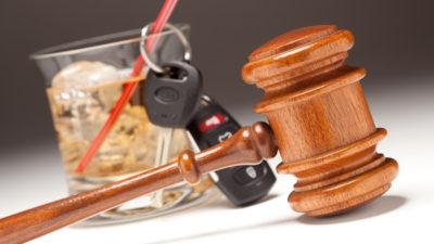 Alkohol řidiče stále láká…