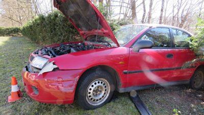 Opilec odbrzdil vozidlo, sjel ze srázu